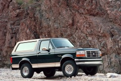 Ford-Bronco-1993