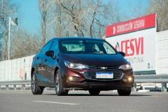 Chevrolet-Cruze-Alianza-General-Motors-y-CESVI