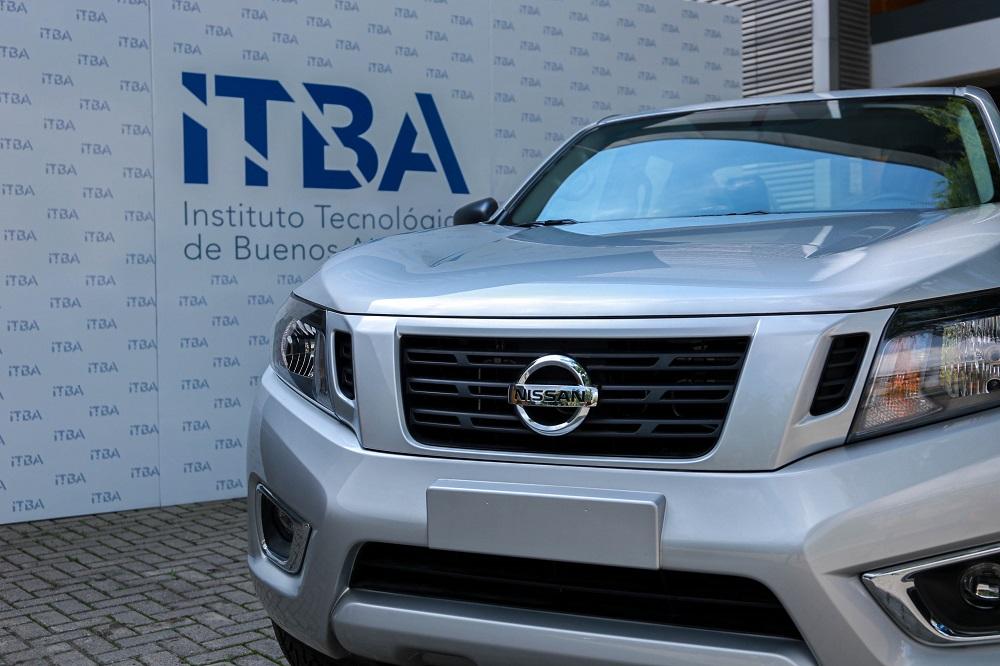 Nissan-Argentina-y-el-ITBA-continuan-trabajando-en-el-desarrollo-de-profesionales-de-carreras-tecnologicas_01