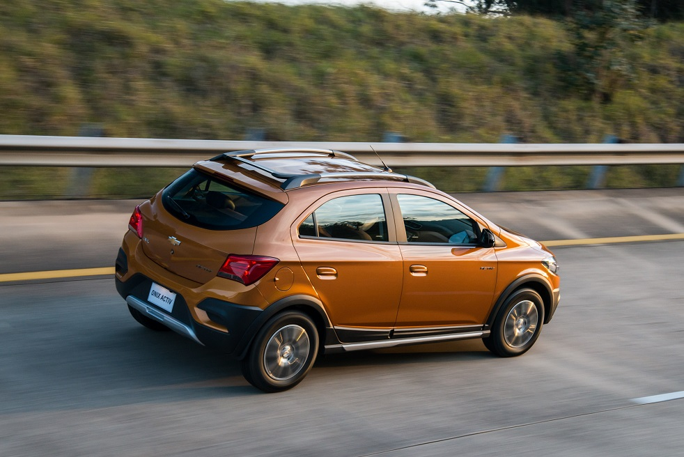 Nuevo Chevrolet Onix Activ Foto 2